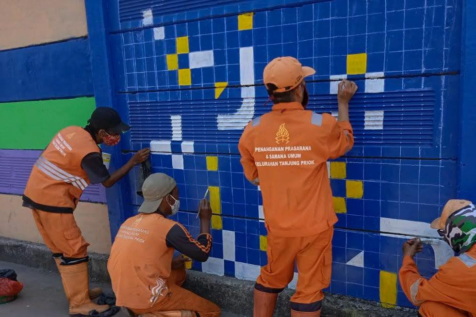 Sambut HUT Jakarta, Dua Titik Mural Warnai Jalan RE Martadinata Tanjung Priok